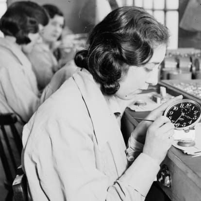 Radium girls: The dark times of radioactive paint - CNN Style