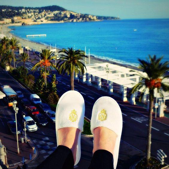 Happy Feet by liakadatravel at http://ift.tt/1Qdv2jC