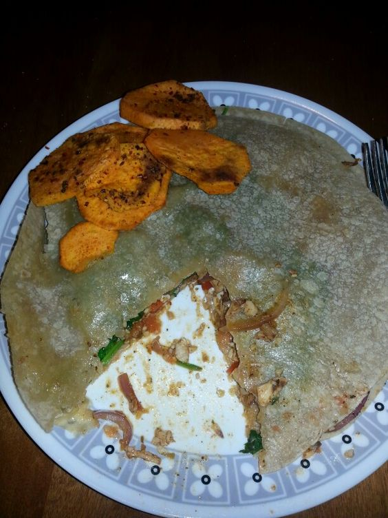 Chicken quesadilla and sweet potato chips