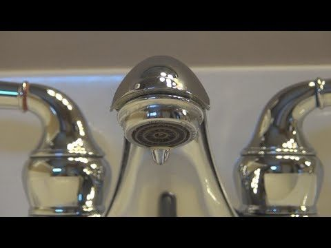 How To Fix A Leaky Dripping Delta Faucet Youtube Bathroom Faucets Faucet Delta Faucets