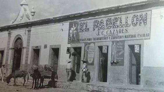 """""""EL PABELLÓN"""", FUNDADO EN 1898, POR EL SR. CAZARES..LADO SUR DEL MERCADO ARISTA."""