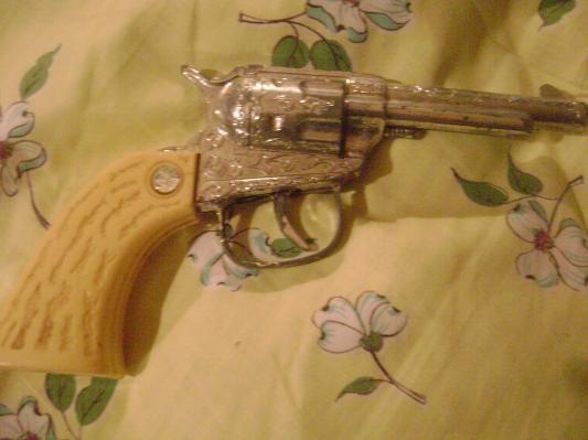 vintage toy gun - retro