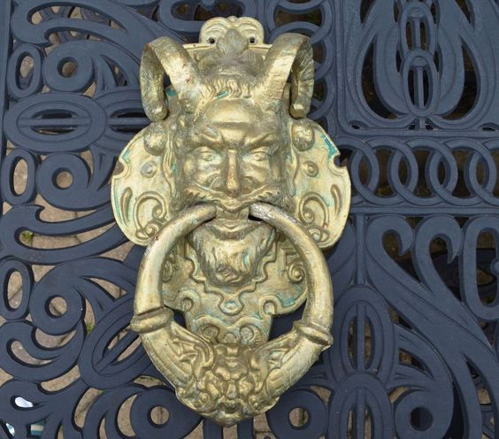 Horns gothic and vintage on pinterest - Gothic door knockers ...