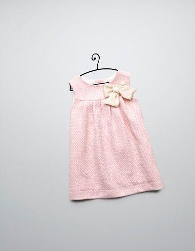 JURK MET STRIKAPPLICATIE - Jurken - Baby meisje (3-36 maanden) - Kinderen - ZARA