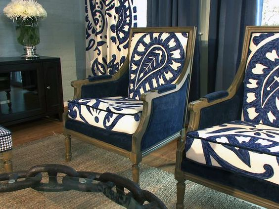 Traditional Living-rooms from David Bromstad on HGTV