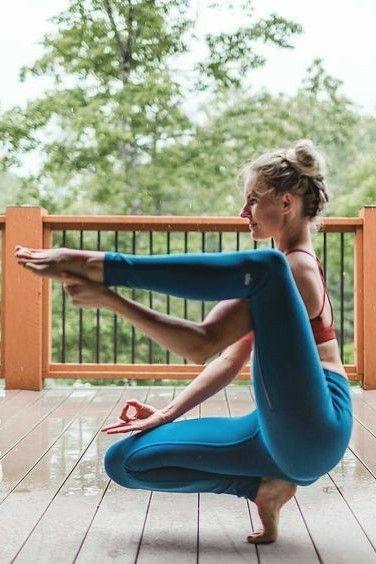 Pin By Joshua Shipman On Yoga El Camino Del Espiritu El Espiritu De La Paz Yoga Poses Advanced Yoga Poses Photography Advanced Yoga