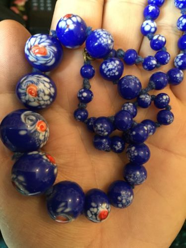 Vintage-Venetian-Murano-End-Of-Day-Milk-Glass-Blue-White-Beads-Gorgeous-1950s