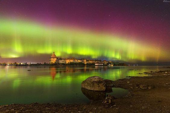 Северное сияние в окрестностях Петербурга