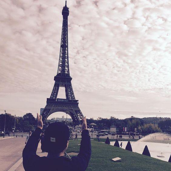 #에펠탑#파리#낭만#매력#유럽#기분돟은날 나이도 이제 에펠탑 사진있다아! by 1990.03.12