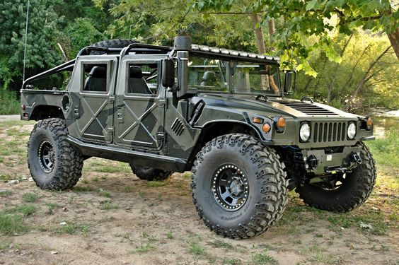 H1 Hummer. The original and only (should be) Hummer.