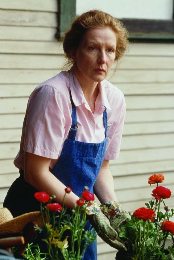 Frances Conroy in a still from Six Feet Under
