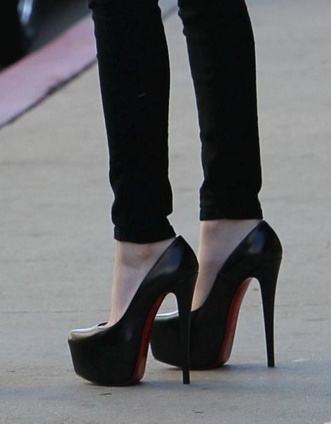 christian louboutin victoria leather platform red sole pump