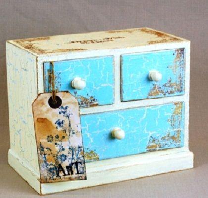 Wooden drawers crackle paint furniture craquelados en for Muebles craquelados
