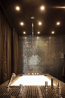 cindy gallop's shimmering black bathtub