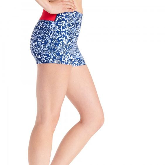 Serious RUN, white and blue #flystyle that's perfect under a red skirt on the 4th of July--or alone! #Spandos Running Shorts are made for the run AND for fun! Highly technical design means your shorts stay put and provide support and compression on the run. Fun prints and high quality sublimation bring an element of fun to your gym, run, or everyday life! #4thofJulyrunninggear #teamsparkle #oiselle