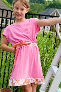 Create a summer dress from 2 t-shirts!