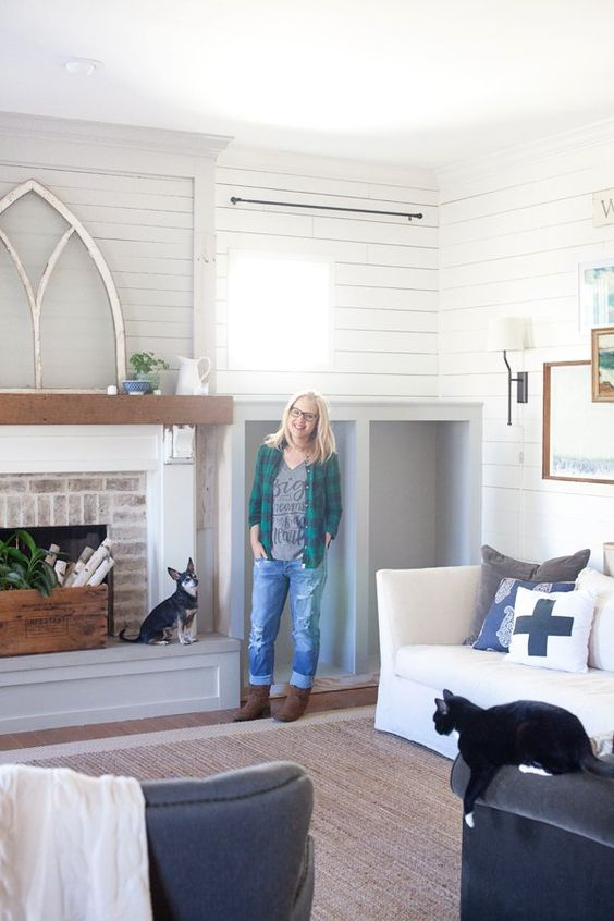 The Difference Between Shiplap And Tongue And Groove Boards Living Room Farmhouse The