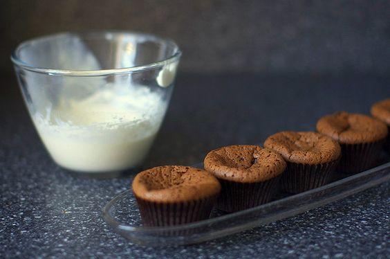 flourless chocolate cupcakes, via smitten kitchen