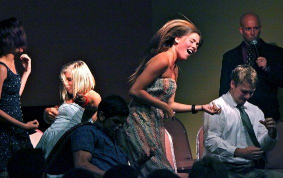 Comedy Stage Hypnosis Show Faq Hypnotist Erick Kand Hypnosis Event Entertainment Comedy