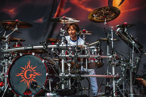 Rock Am Ring Godsmack Treat Audience To Hit Filled Set Call Theone In 2020 Live Music Photography Music Photography Music Photographer