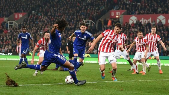 Leicester Submit 8m Bid for Chelsea Striker Loic Remy