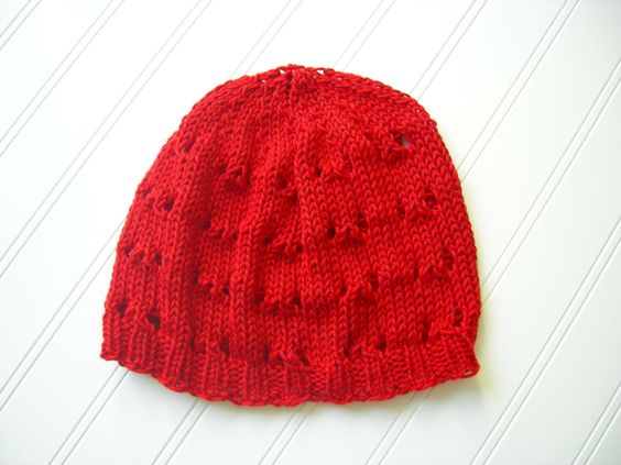 I love the candy apple red colour of this lovely slouch hat.