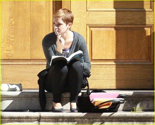 تفسير الجامعه في الحلم معنى رؤيا الجامعه في المنام Emma Watson Pixie Emma Watson Emma