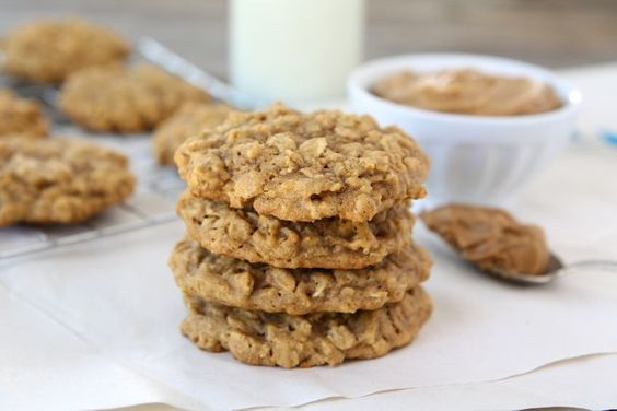 Pumpkin oatmeal cookies, Pumpkin oatmeal and Protein cookies on ...