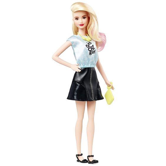 Barbie - Boneca Barbie Fashionista Saia Preta Top Azul L A girl, uma boneca da coleção Barbie Fashionista e repleta de glamour da cabeça aos pés. Com modas inspiradas nas séries da Barbie, sabe posar como uma verdadeira modelo!