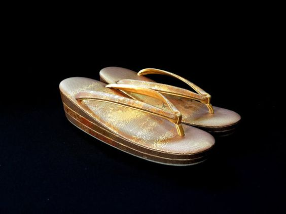 Vintage Japanese Formal Zori Sandals Gold And by VintageFromJapan: