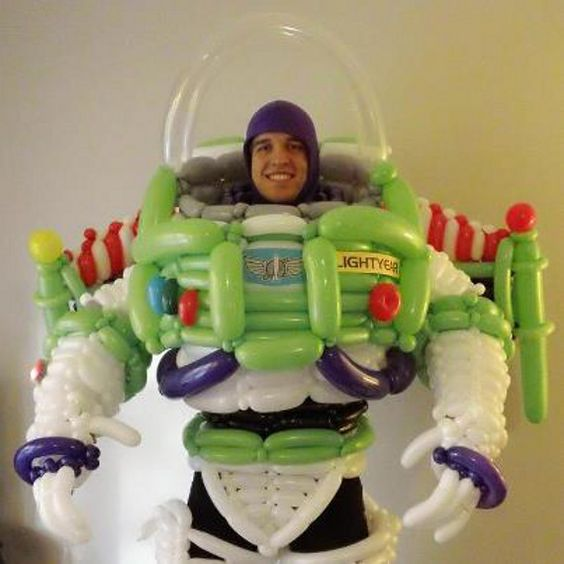Awesome Costumes Made From Balloons | Buzz Lightyear