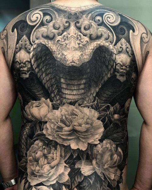 50 Unique Tattoo Ideas For Your Chest Back Arm Ribs And Legs Authentic Master Pieces Back Piece Tattoo Angel Back Tattoo Wing Tattoos On Back