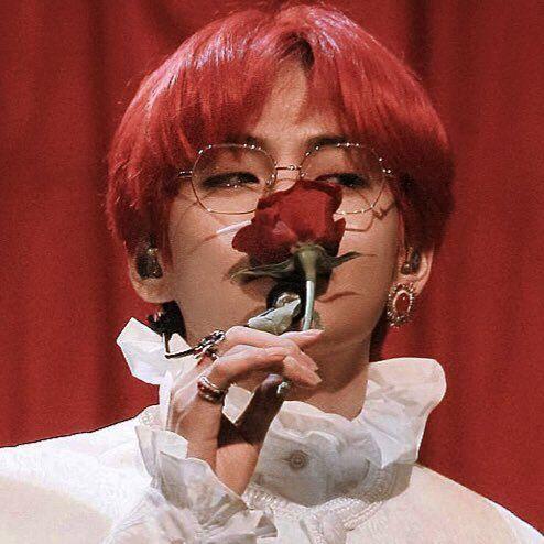 ً on in 2020 | Taehyung red hair, Taehyung, Bts taehyung