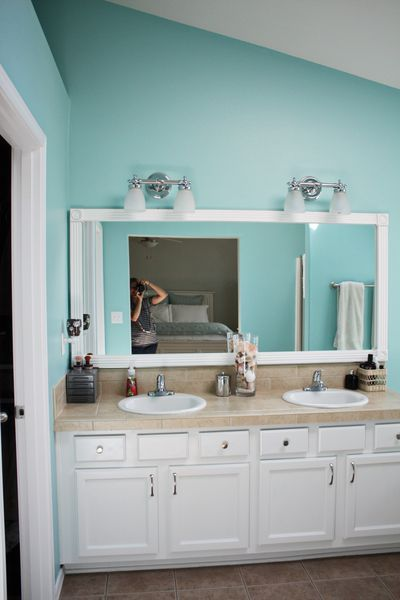 Lighten up your bathrooms by painting oak cabinets white - Bathroom paint colors with oak cabinets ...