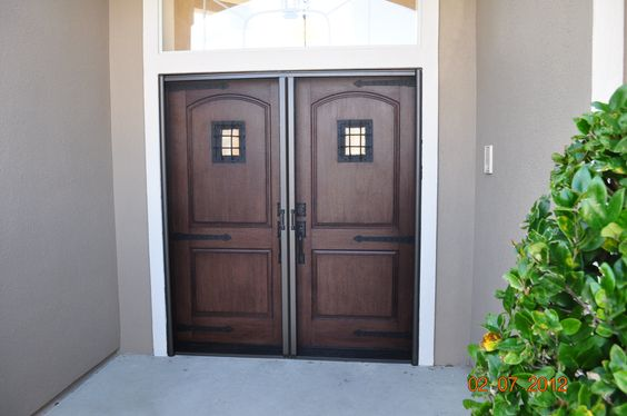 PlastPro Rustic Series Fiberglass Doors with Speakeasy