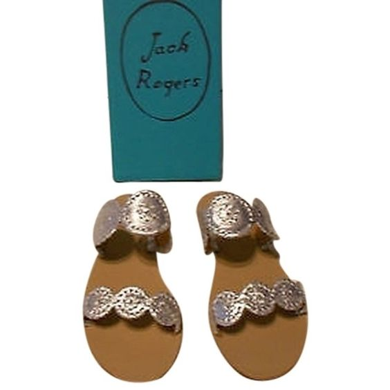 Pre-owned Jack Rogers Lauren Metallic Silver Leather Slide Sandal 8.5m ($122) ❤ liked on Polyvore featuring shoes, sandals, silver, jack rogers sandals, lace up sandals, leather shoes, leather lace up shoes and strap shoes