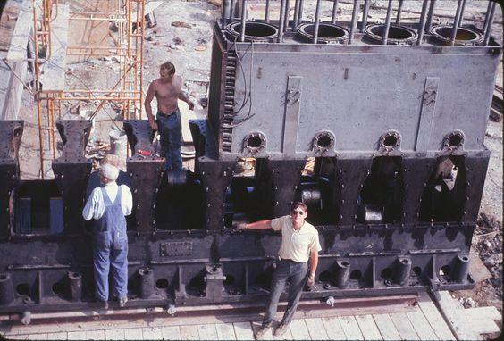Rathbun-Jones 7 cylinder diesel generator Don Datisment-???-Scott Eisenhart (Roger Johnson)