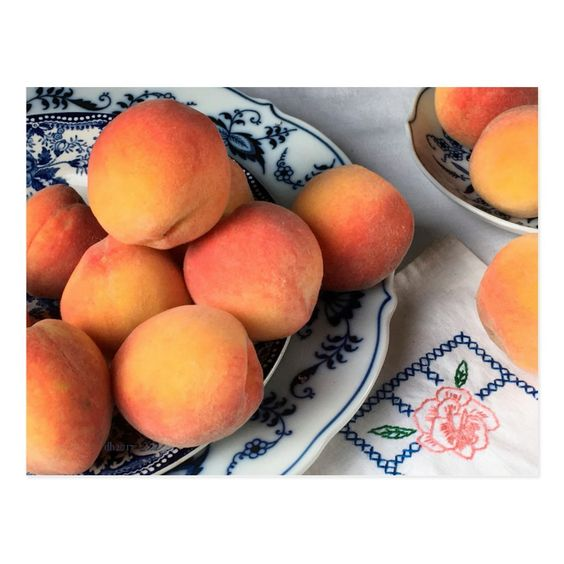 Glowing late summer peaches on fine antique Blue Willow china plates... Original photogrpahy by Diane Heller, (c)dianeheller2017