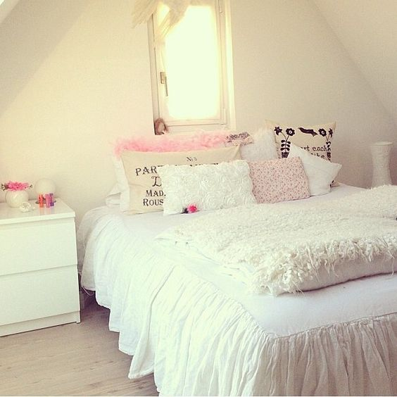 Pinterest the world s catalog of ideas for Bedroom designs girly