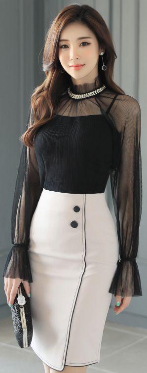 StyleOnme_Two бутон Черно изрязване линия молив пола #elegant #feminine #pencilskirt # spring # koreanfashion # kstyle #seoul #skirt