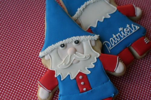 New England Patriots Gnome cookie www.bakersbloom.com
