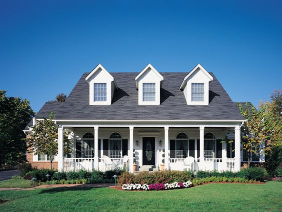 Maxville traditional home traditional home and front for Cape cod porch