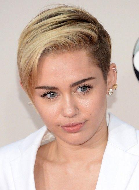 30 Miley Cyrus Hairstyles Pretty Designs Short Hair Fringe Miley Cyrus Hair Short Hair Undercut