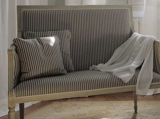 Inviting provence striped fabric bench