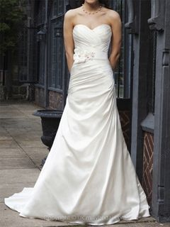 Discover the perfect bridal gowns at uk.millybridal.org - a fantastic online store, from uk wedding dresses, prom dresses and sparkle wedding accessories. http://uk.millybridal.org