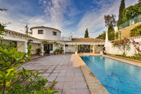 Cortijo Style Villa