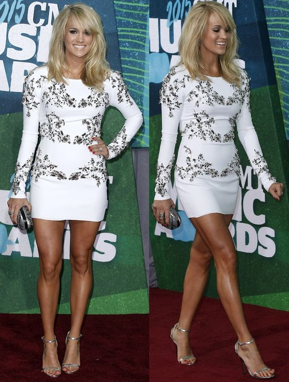 Carrie Underwood Shows Off Incredible Post-Baby Body  CMT Awards 2015