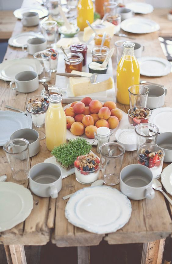 dreamy breakfast or brunch table setting. from a swedish cottage featured on style-files.com. Inspiring and natural, this makes me want to take a break from cereal and eat a grown-up breakfast regularly.: