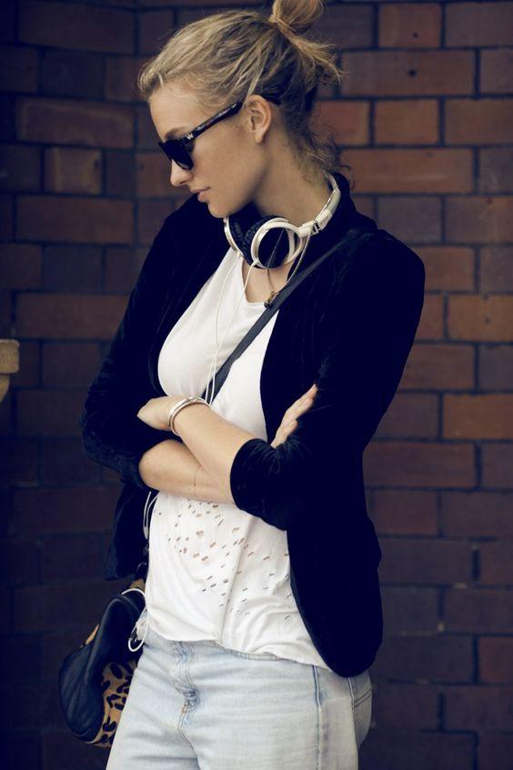 Headphones 해외카지노▒||▶ MJ9000.COM ◀||▒