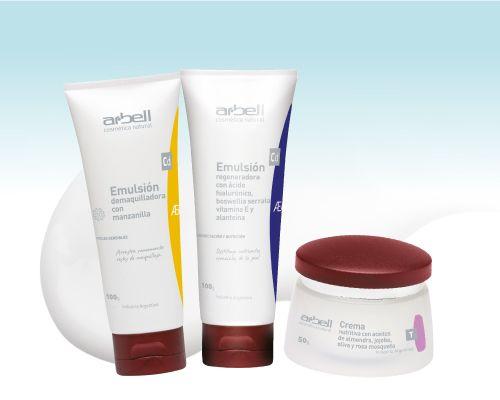 Emulsión Demaquilladora, Emulsión Regeneradora y Crema Nutritiva.